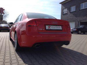 Audi RS4 B7 3