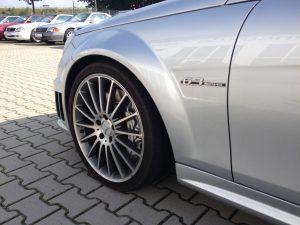 Mercedes C63 AMG P30 3
