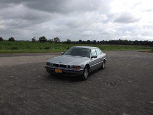 E38 BMW 750 IL V12 3