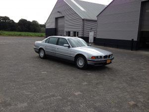 E38 BMW 750 IL V12 1