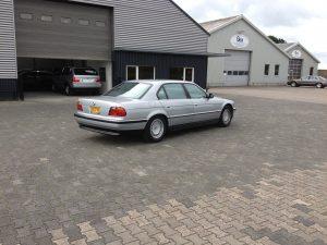 E38 BMW 750 IL V12 5