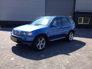 BMW X5 4.6IS E53 4