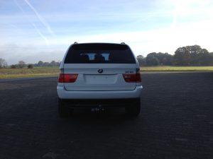 BMW X5 e53 4.4i V8 white rear