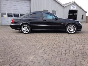Mercedes E55 AMG W211 8