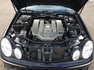 Mercedes E55 AMG W211 5
