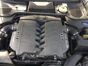 Audi A8 W12 6.0 D2 1