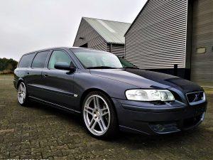 Volvo V70R 9