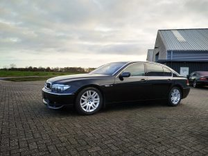 BMW 760LI 8