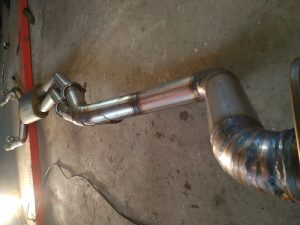 Welding the Custom Exhaust 190 v12 2