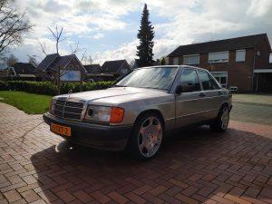 Mercedes 190 V12 First Street Legal Drive