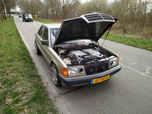 Mercedes 190 V12 0-100kph timing + sound clips 12