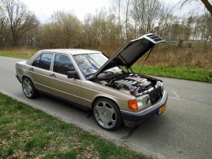 Mercedes 190 V12 0-100kph timing + sound clips 14