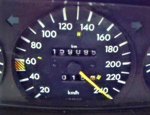 Mercedes 190 V12 100-200 kph Timing on Autobahn !! 10