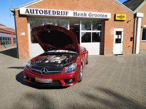 Mercedes SL63 AMG R230