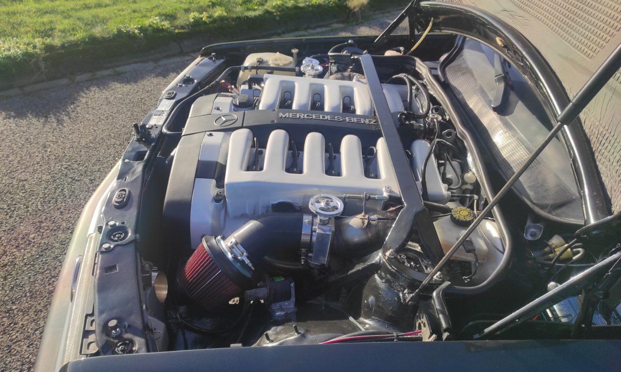 Mercedes 190 V12 Review & Testdrive 7