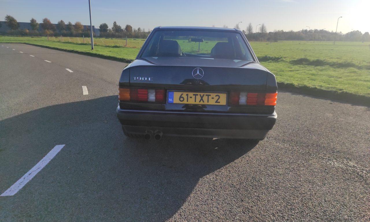 Mercedes 190 V12 Review & Testdrive 11