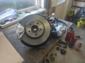 Rear Wheel hub rebuild + new brake parts S124 V8 Turbo