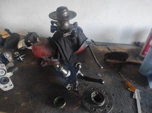 W124 front wheel bearing installation & dust cap failure 4