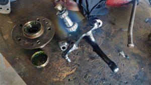 W124 front wheel bearing installation & dust cap failure 6