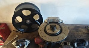 Big Brakes for the S124 V8 turbo 8