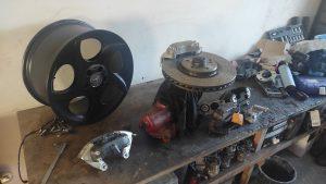 Big Brakes for the S124 V8 turbo 9