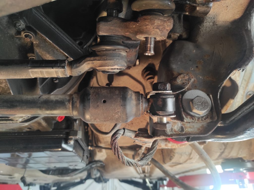 M113 turbo manifolds done & steeringbox clearance solved 9