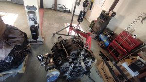 M102 engine removed. space for the V8 turbo 2