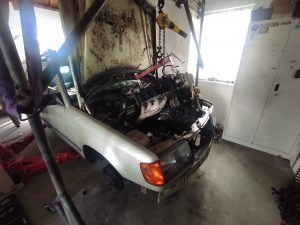 M102 engine removed. space for the V8 turbo 25
