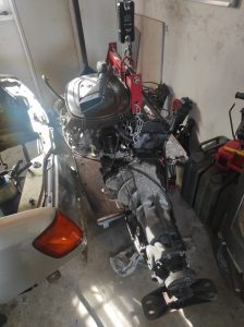 M102 engine removed. space for the V8 turbo 41