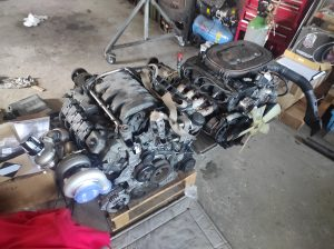 M102 engine removed. space for the V8 turbo 43